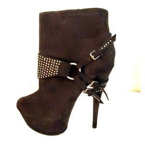 Liliana Faux Suede Studded Booties